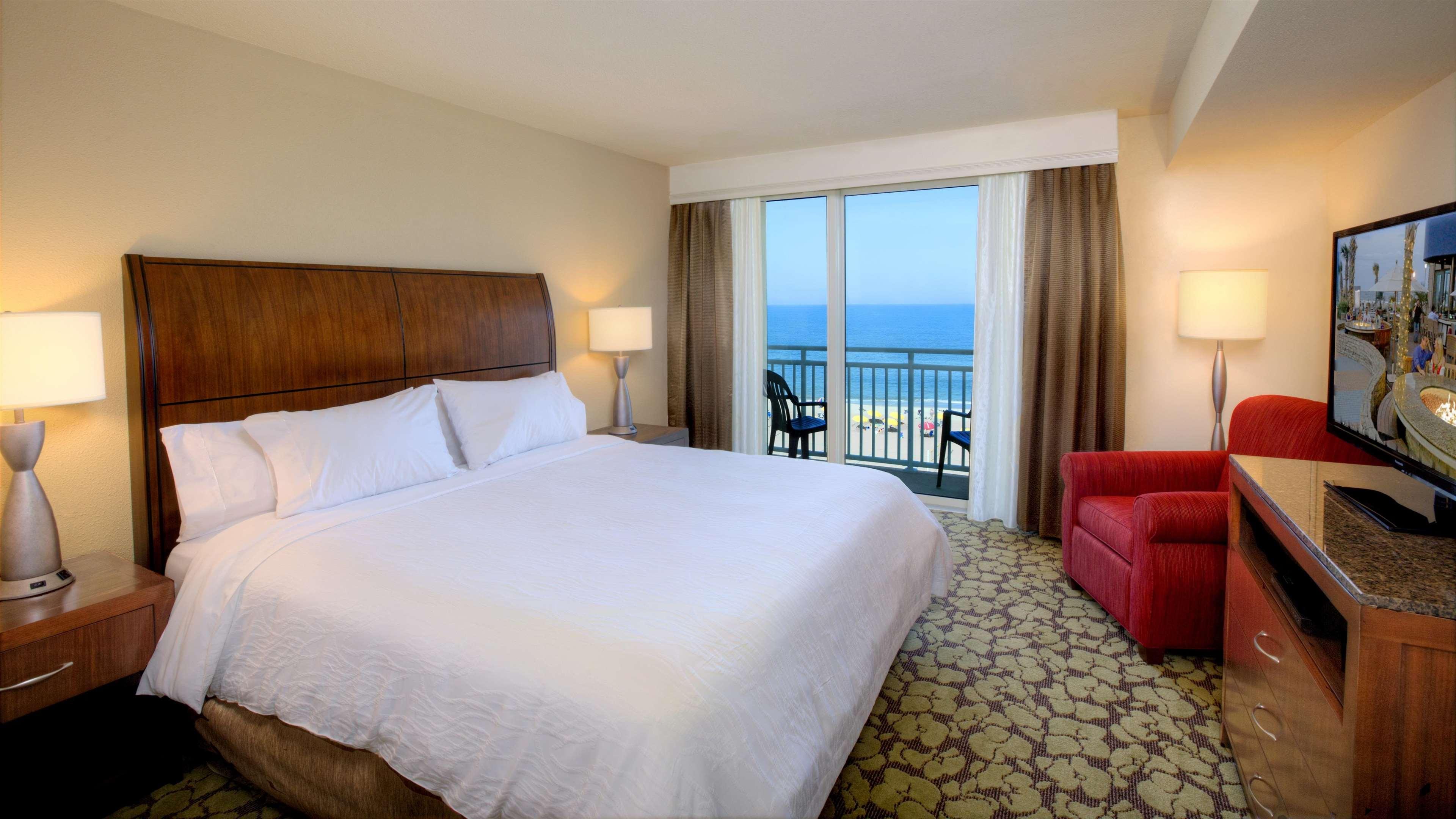 Hilton Garden Inn Virginia Beach Oceanfront image 28