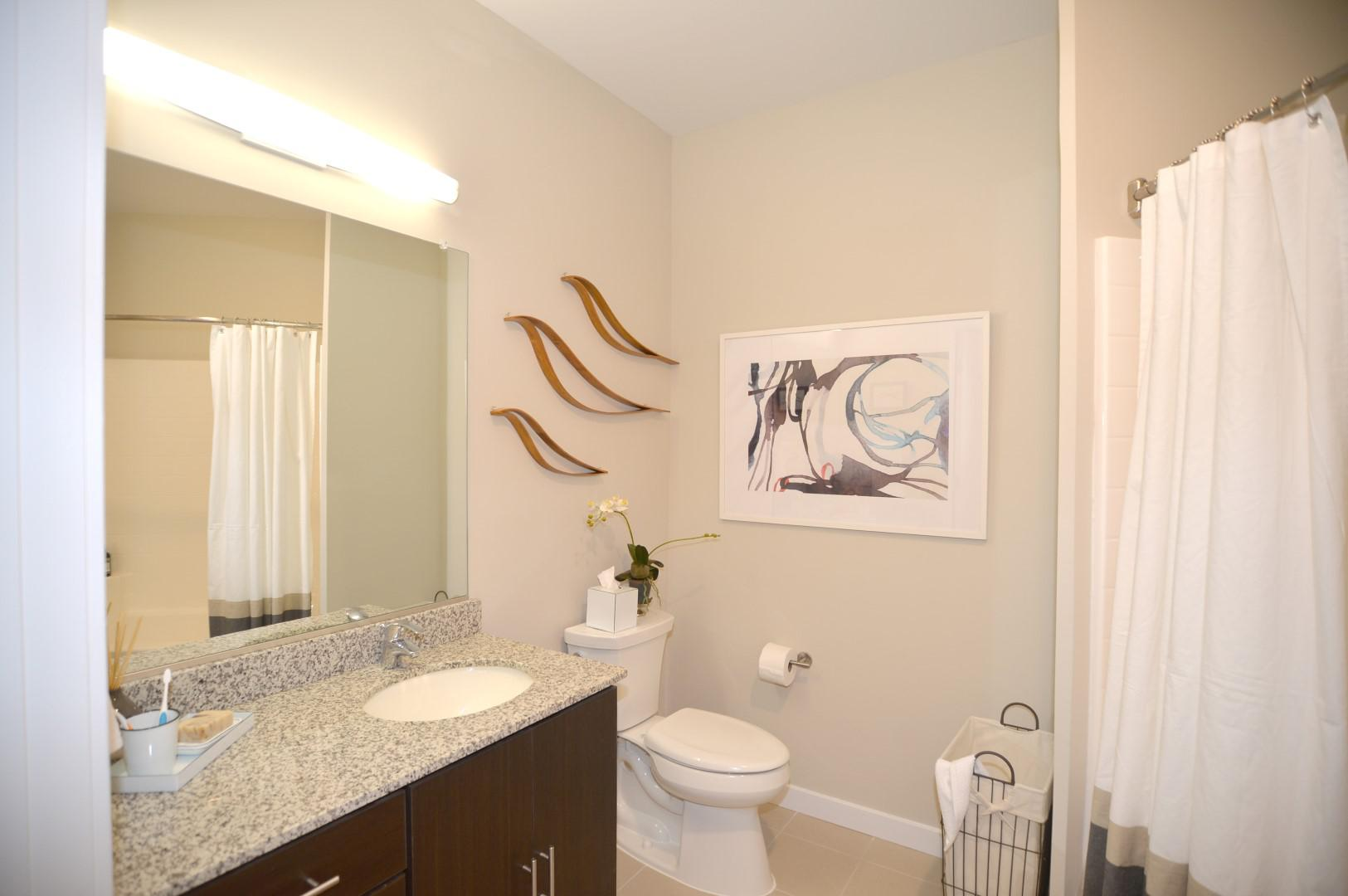 Encore 4505 at Town Center Apartments image 6