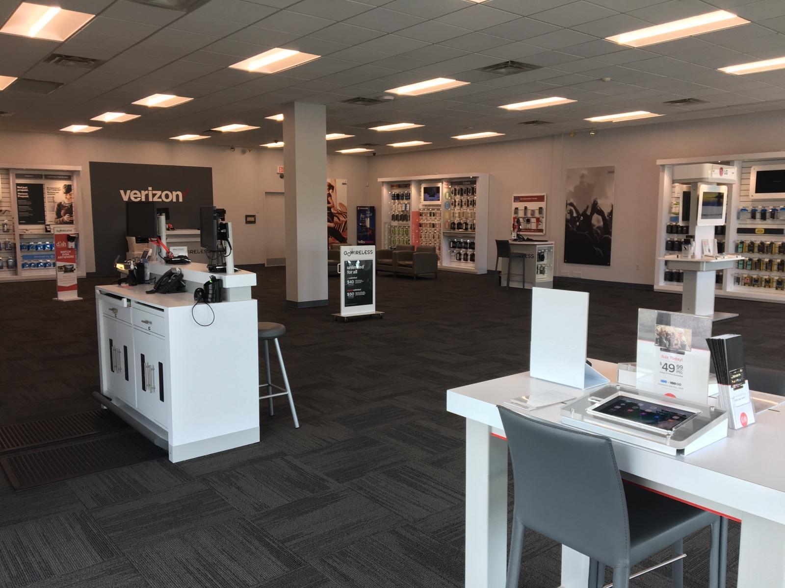 Verizon Authorized Retailer – GoWireless image 3