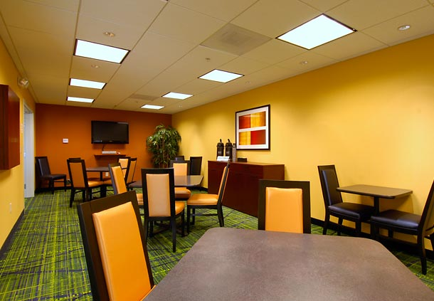 Fairfield Inn & Suites by Marriott Colorado Springs North/Air Force Academy image 9
