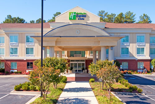 Holiday Inn Express & Suites Emporia image 3