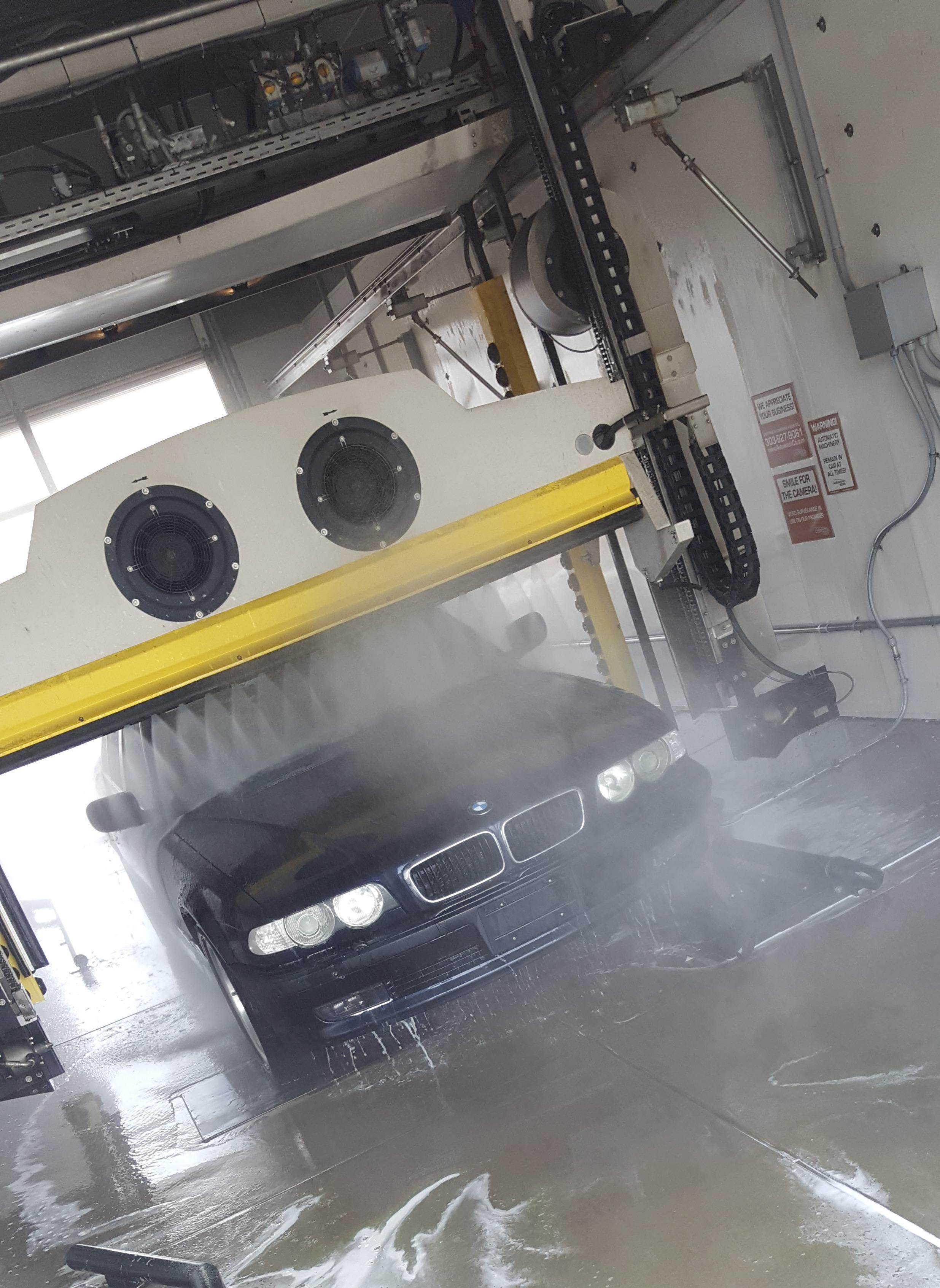 Autowash @ Meadow Pointe Car Wash image 2