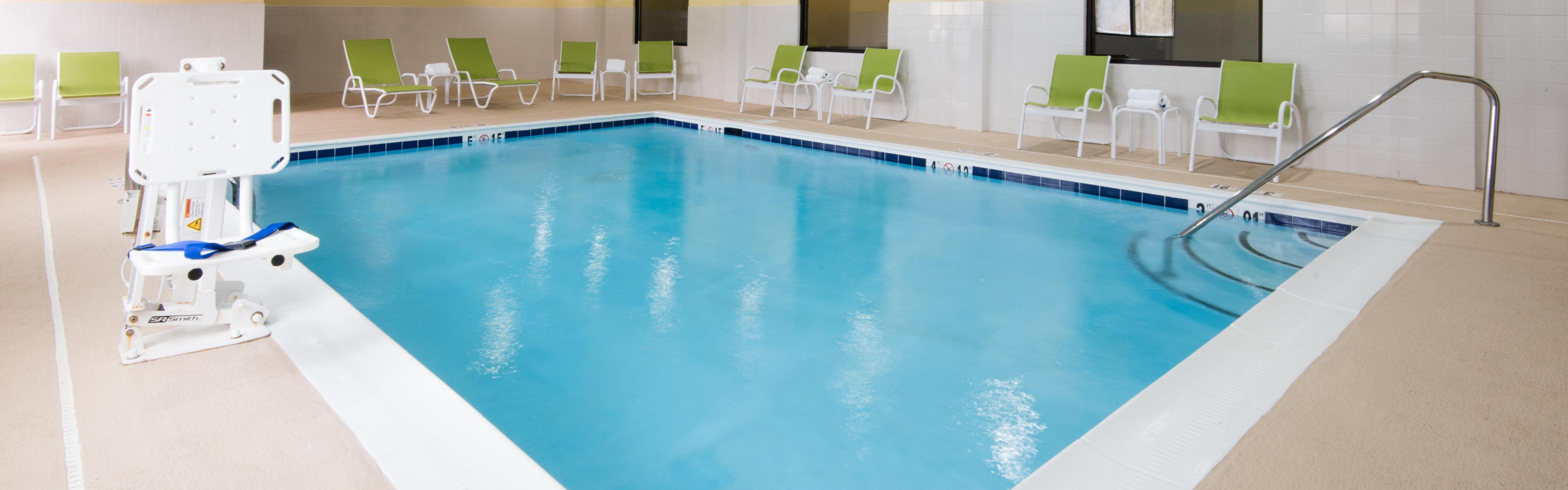 Holiday Inn Express & Suites Ashland image 2