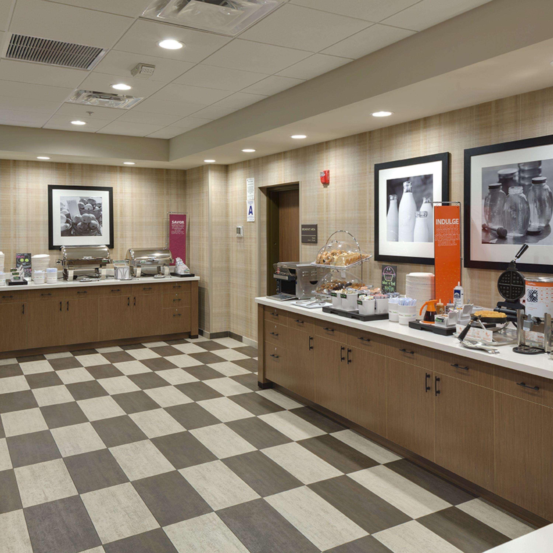 Hampton Inn & Suites Murrieta Temecula image 10