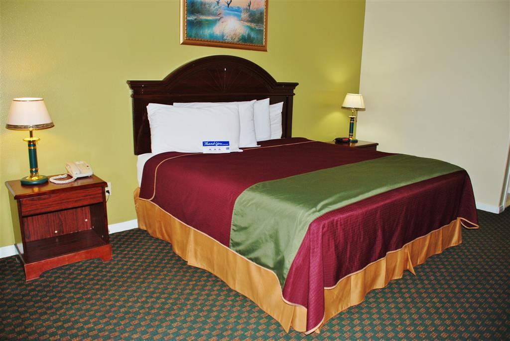 Americas Best Value Inn & Suites - Hempstead/Prairie View image 4