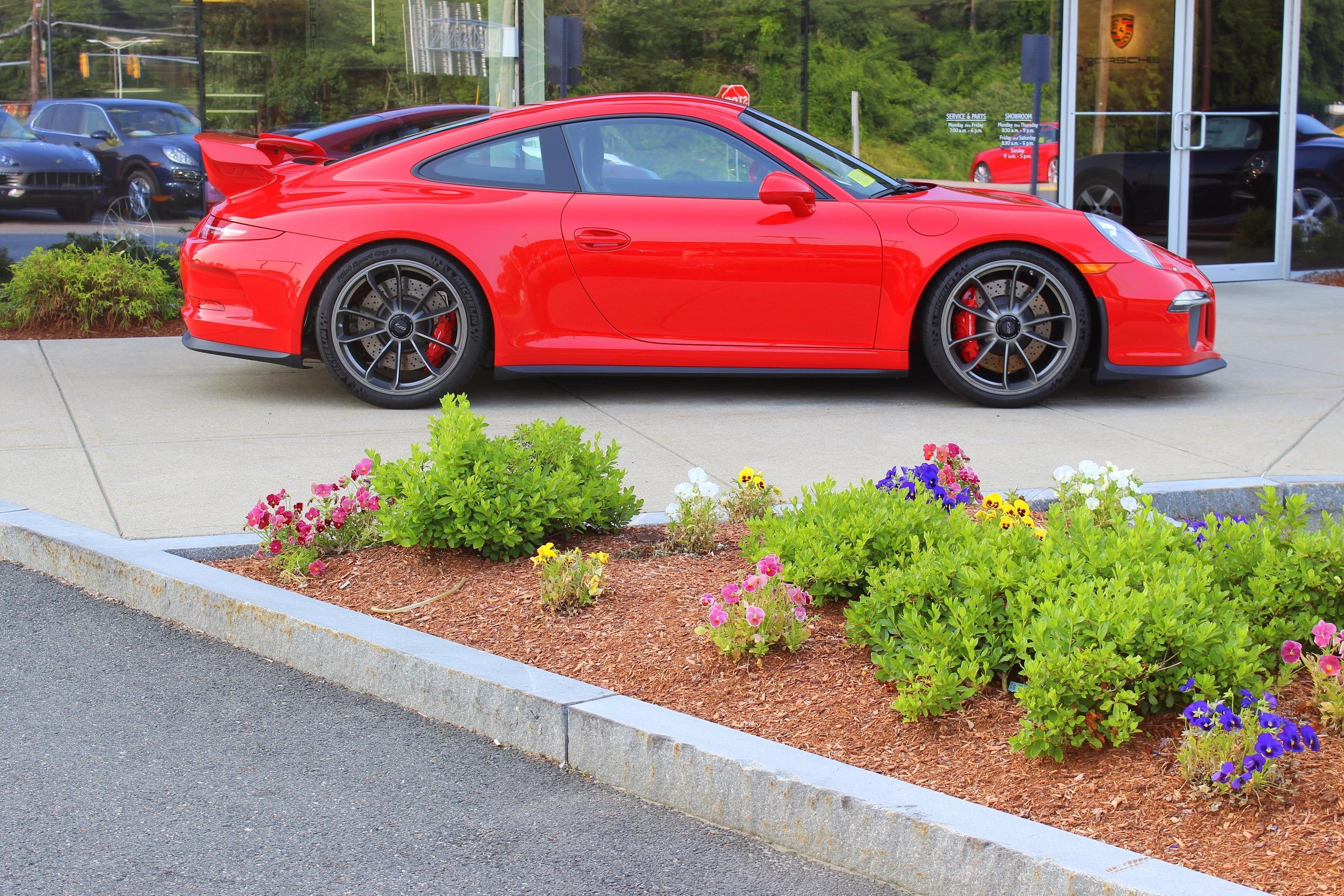 Porsche Burlington image 3