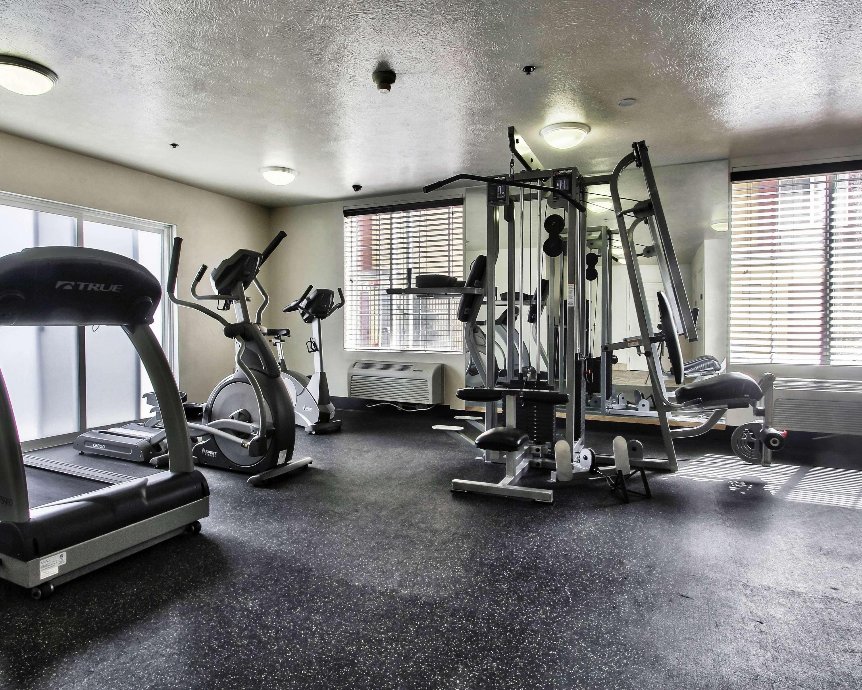 Best Western Plus Salinas Valley Inn & Suites image 6