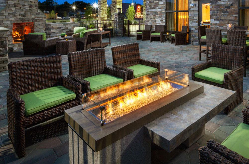Huntington Fireplace and Outdoor Living