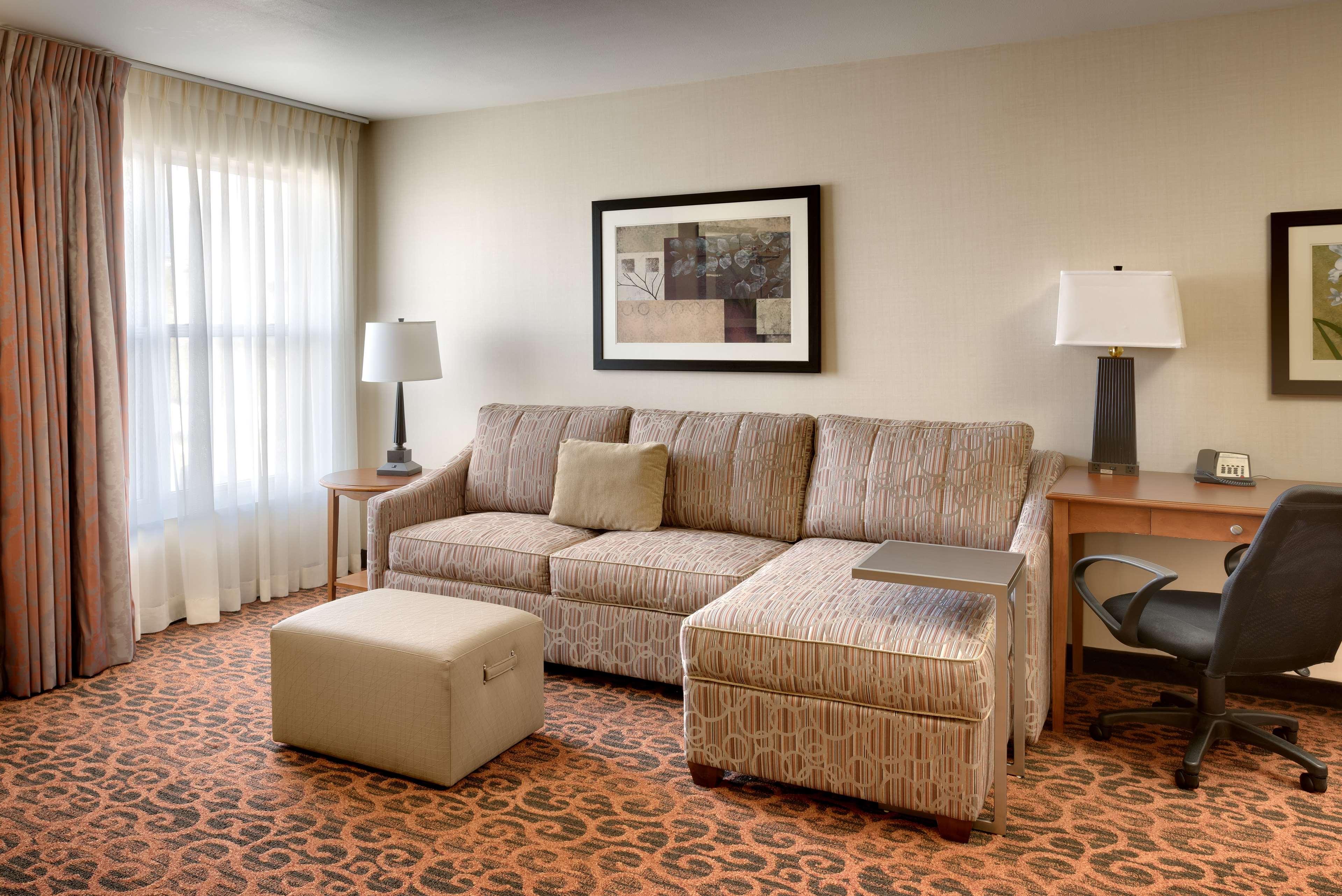 Hampton Inn & Suites Orem image 15