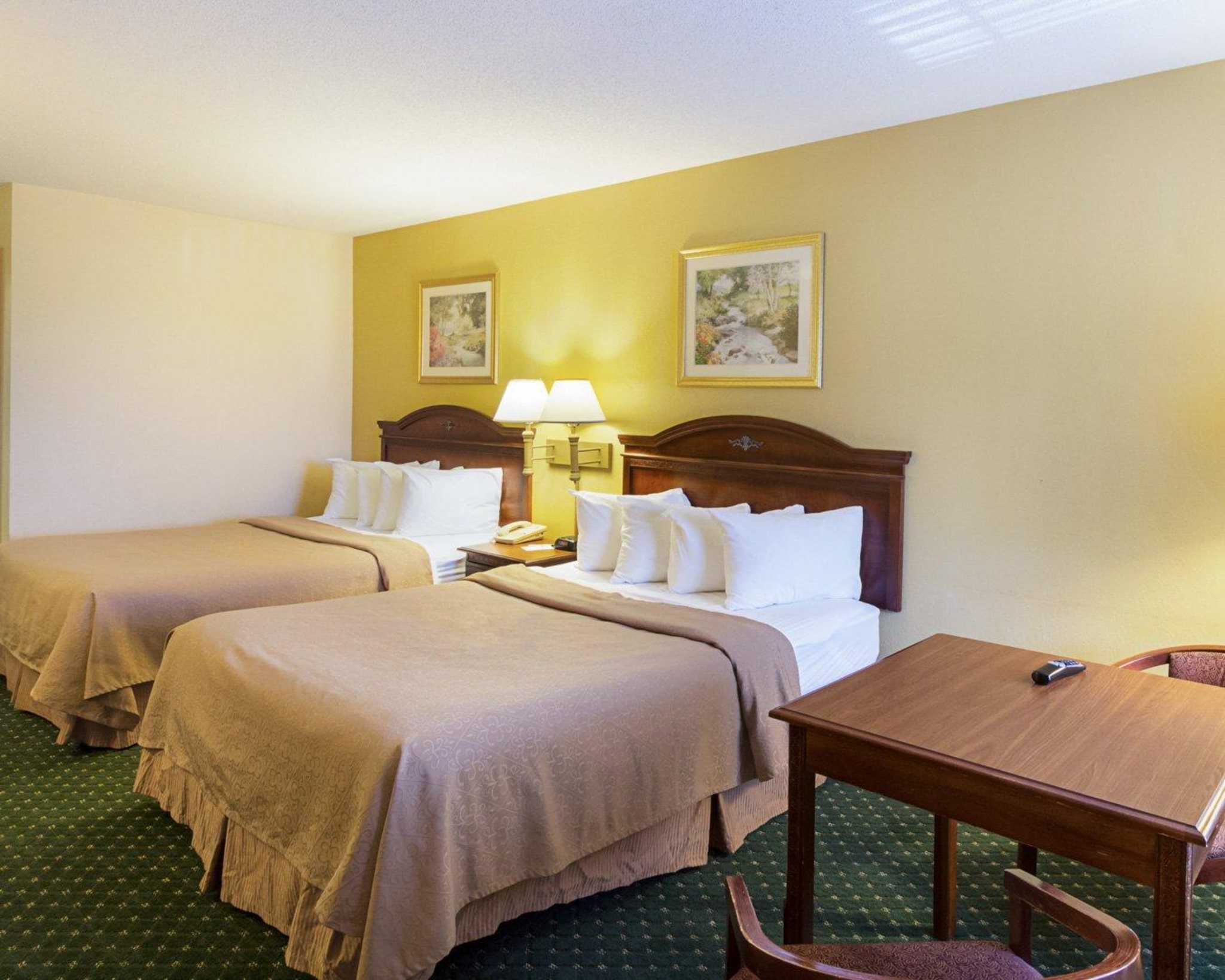 Quality Inn & Suites Southwest image 5
