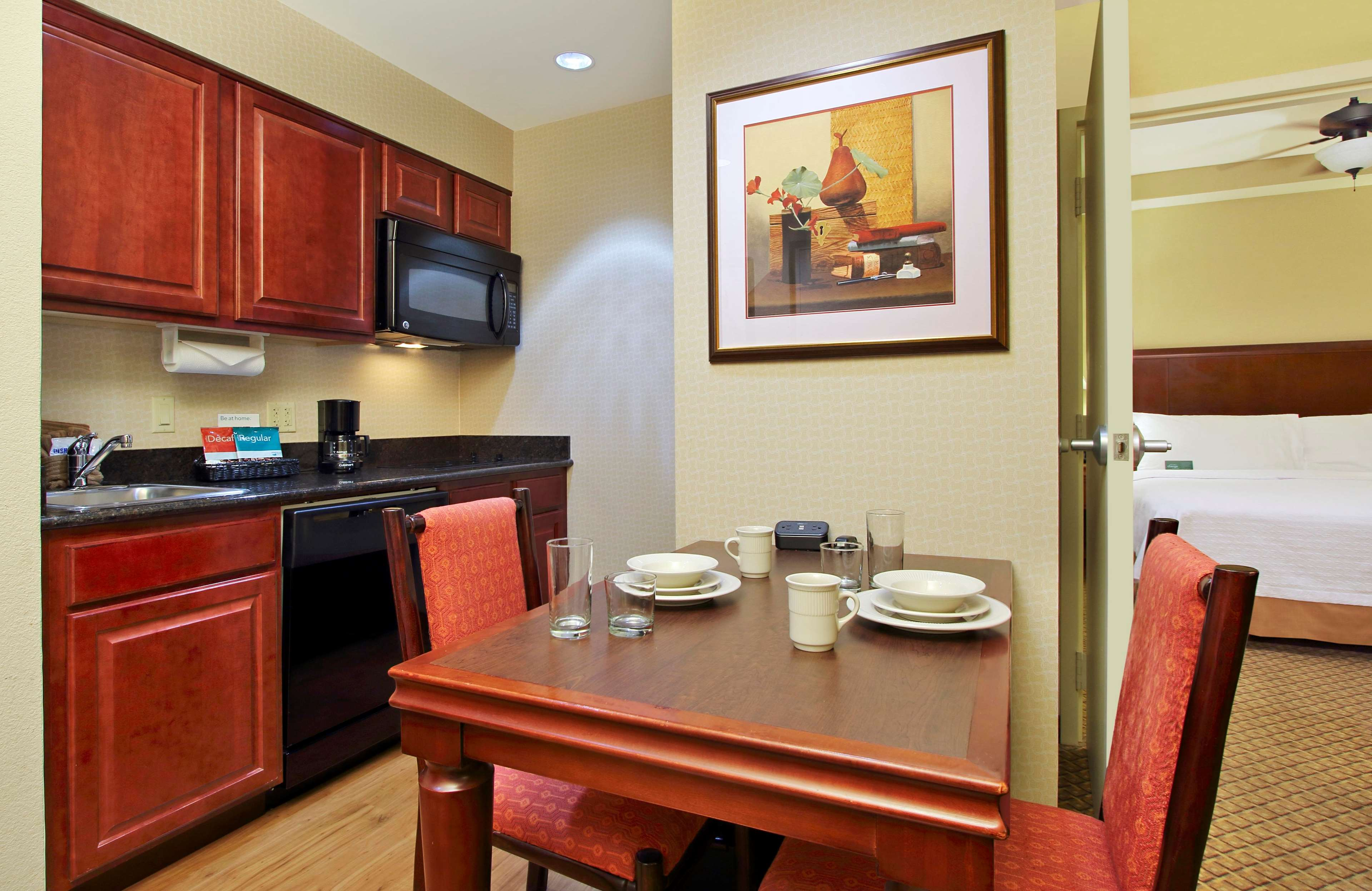 Homewood Suites by Hilton Miami - Airport West image 16