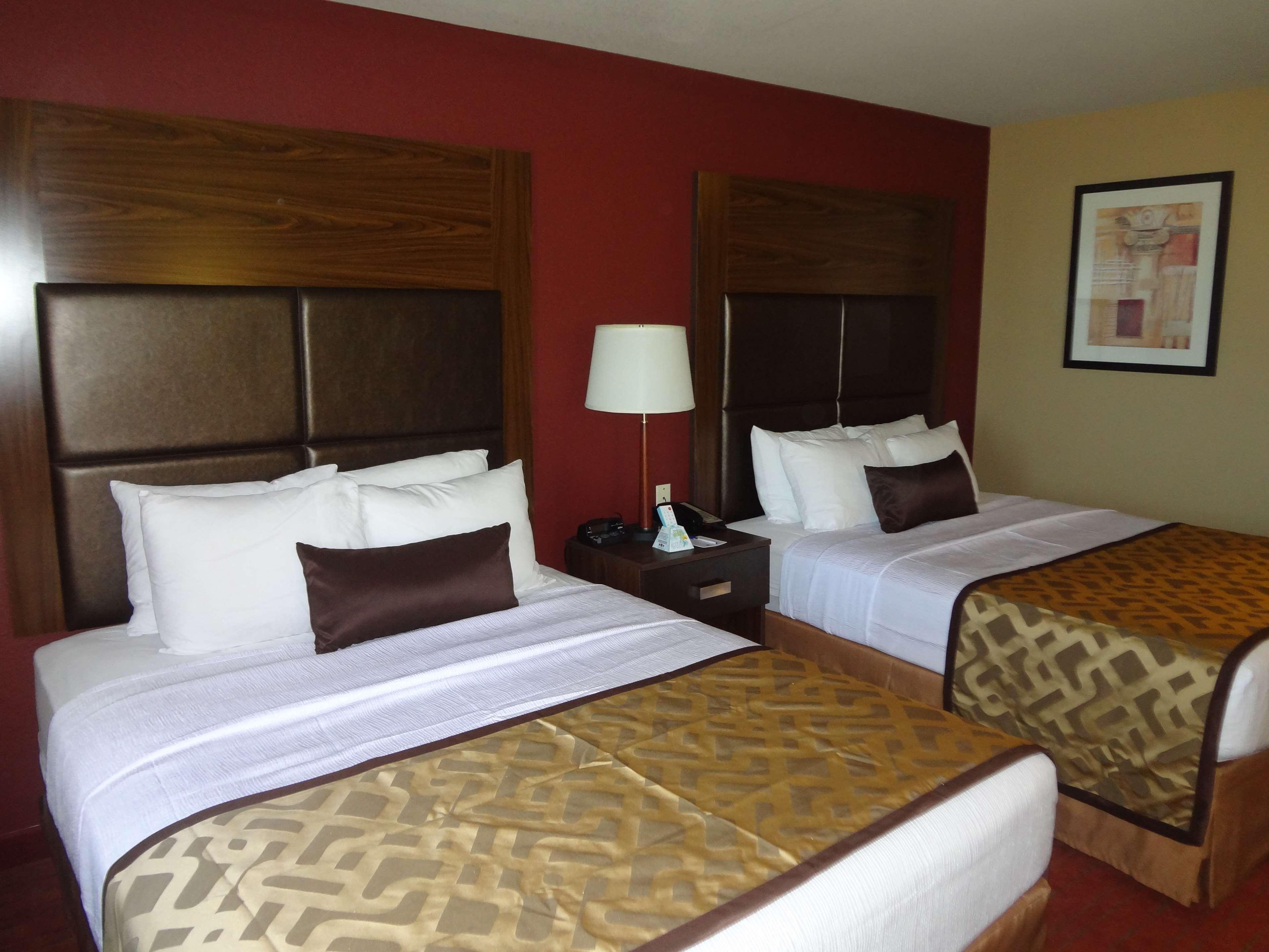 Best Western Plus Woodland Hills Hotel & Suites image 43