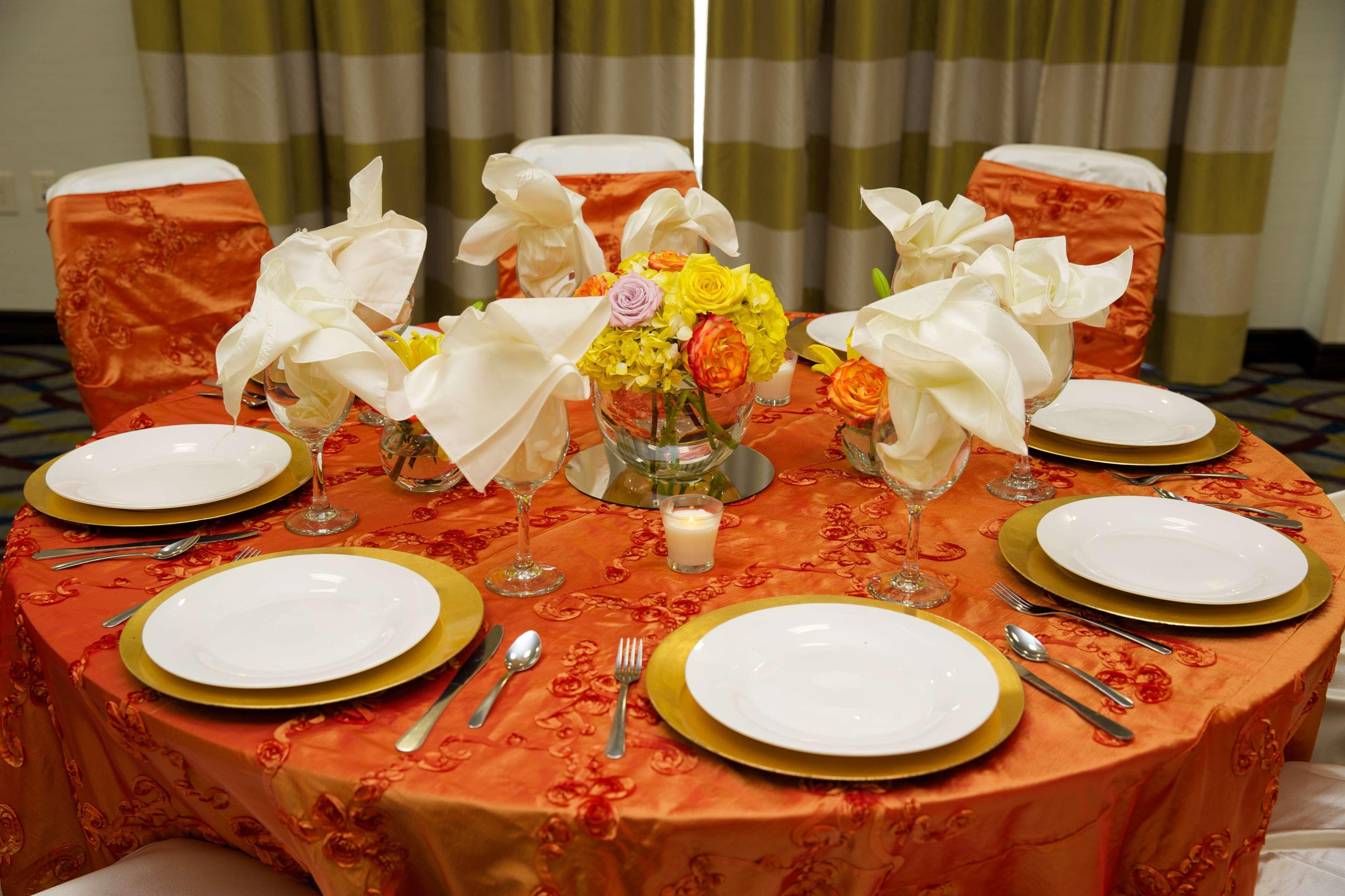 Hampton Inn & Suites Missouri City, TX image 40