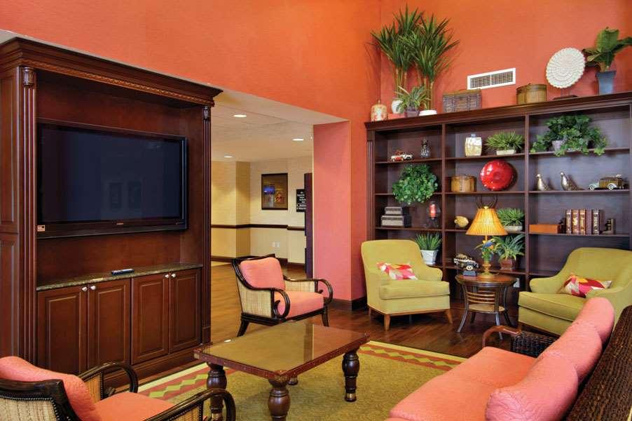 Hampton Inn & Suites Tampa-Wesley Chapel image 8