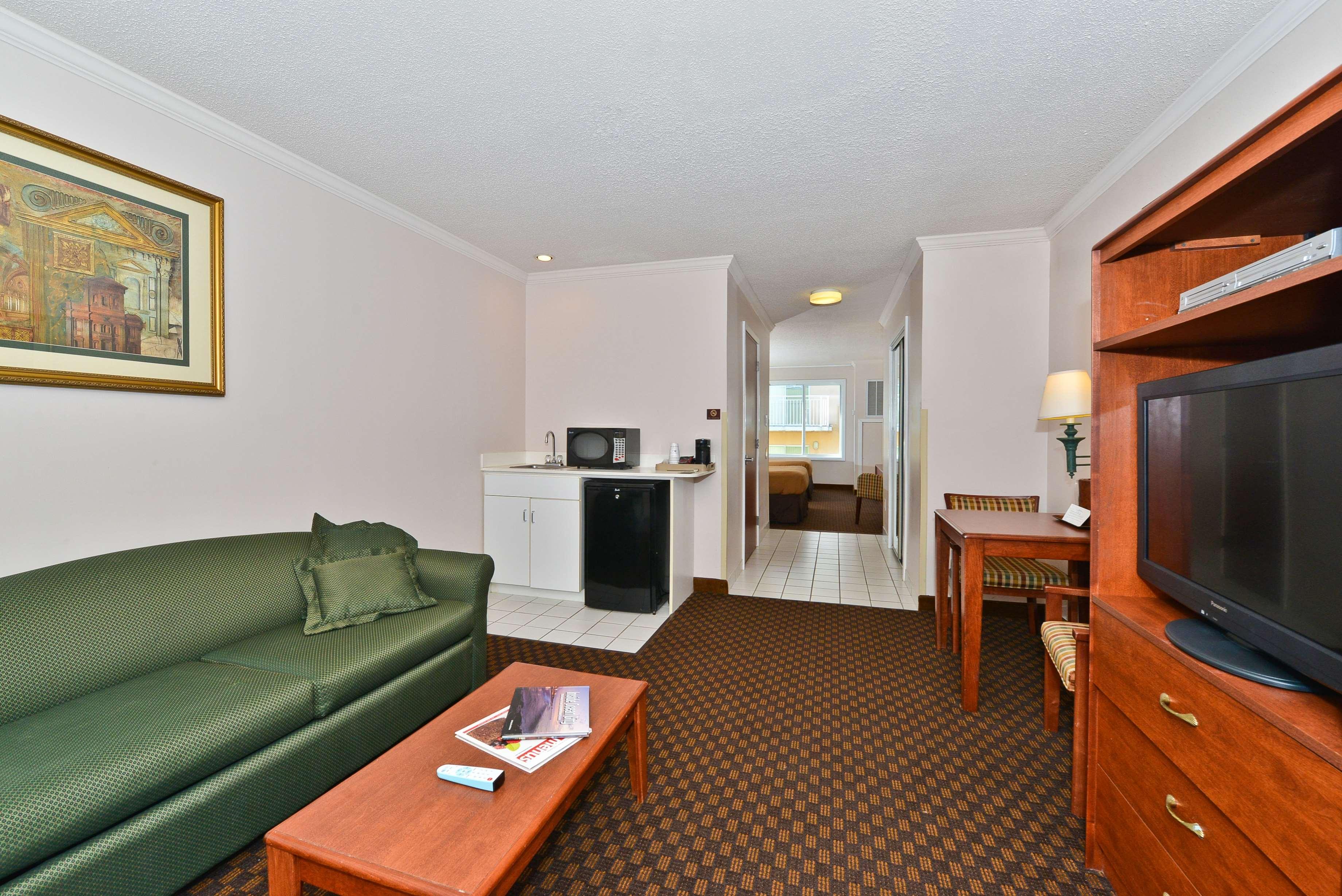 Best Western Ocean City Hotel & Suites image 25