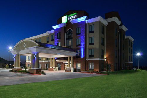 Holiday Inn Express & Suites Alva image 0