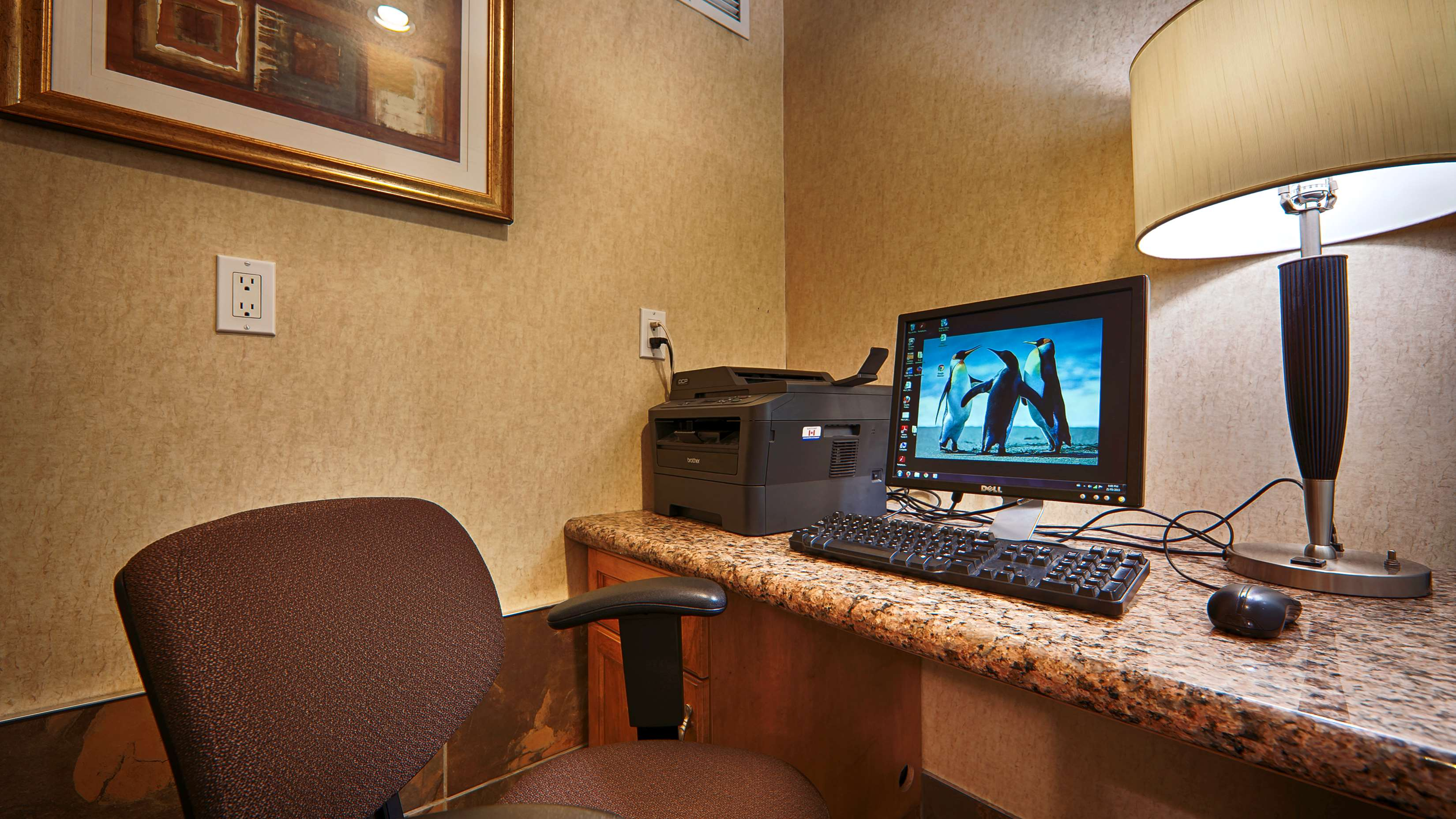 Best Western Peace Arch Inn in Surrey: Business Centre