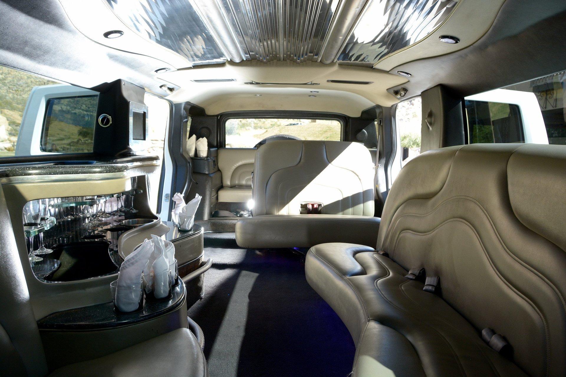 Royalty Limousine Services Inc image 8