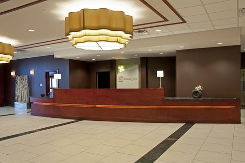 Holiday Inn Chicago West-Itasca image 3