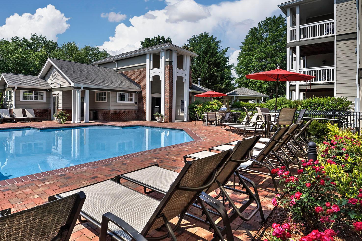 Camden Lake Pine Apartments image 11