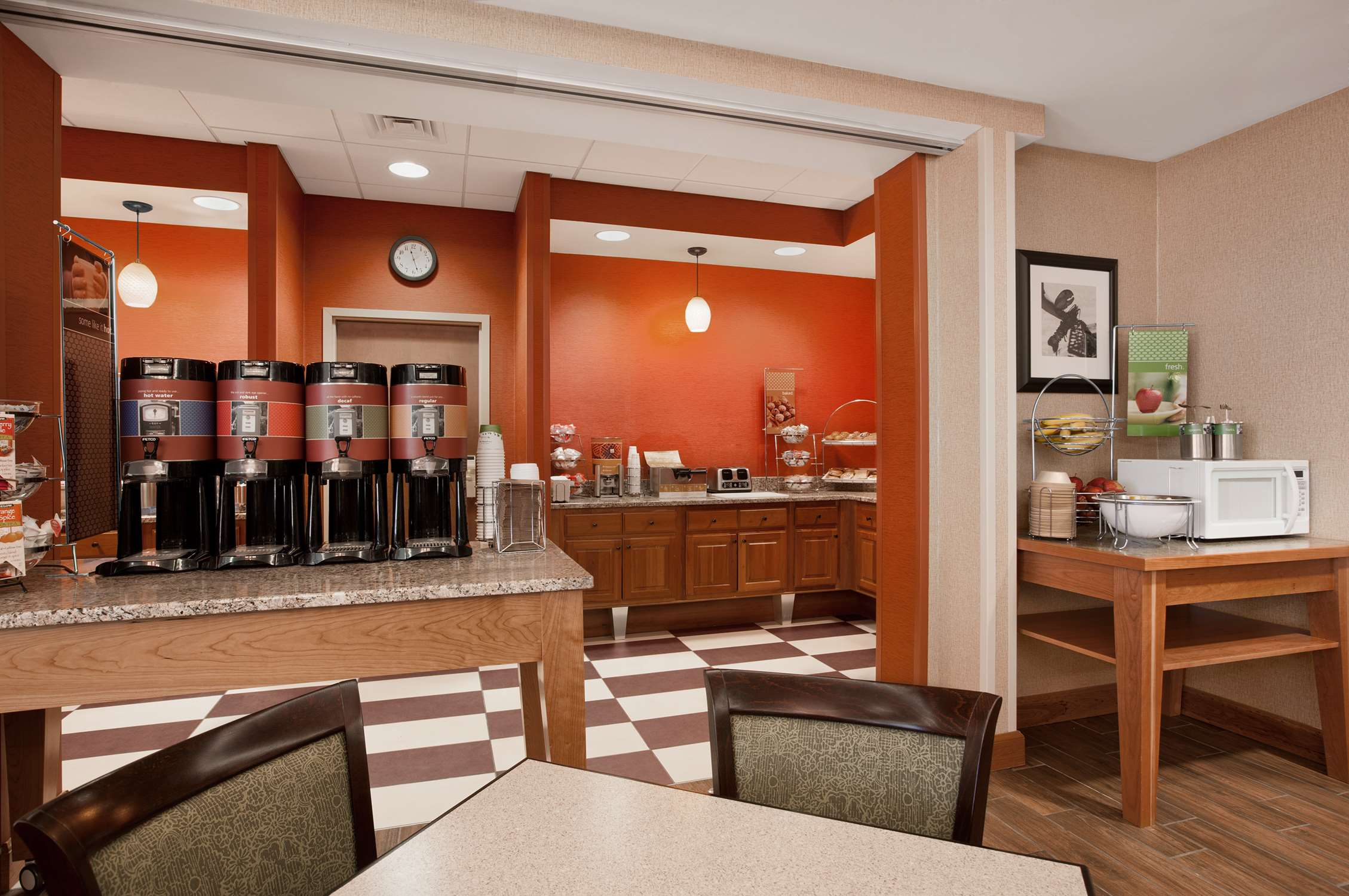 Hampton Inn Waterville image 13