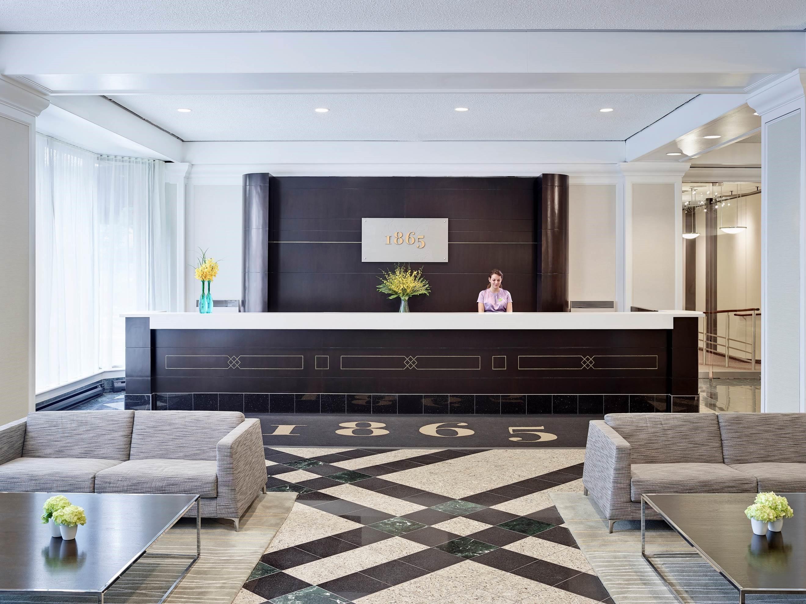 CHELSEA HOTEL, TORONTO in Toronto: 1865 Desk