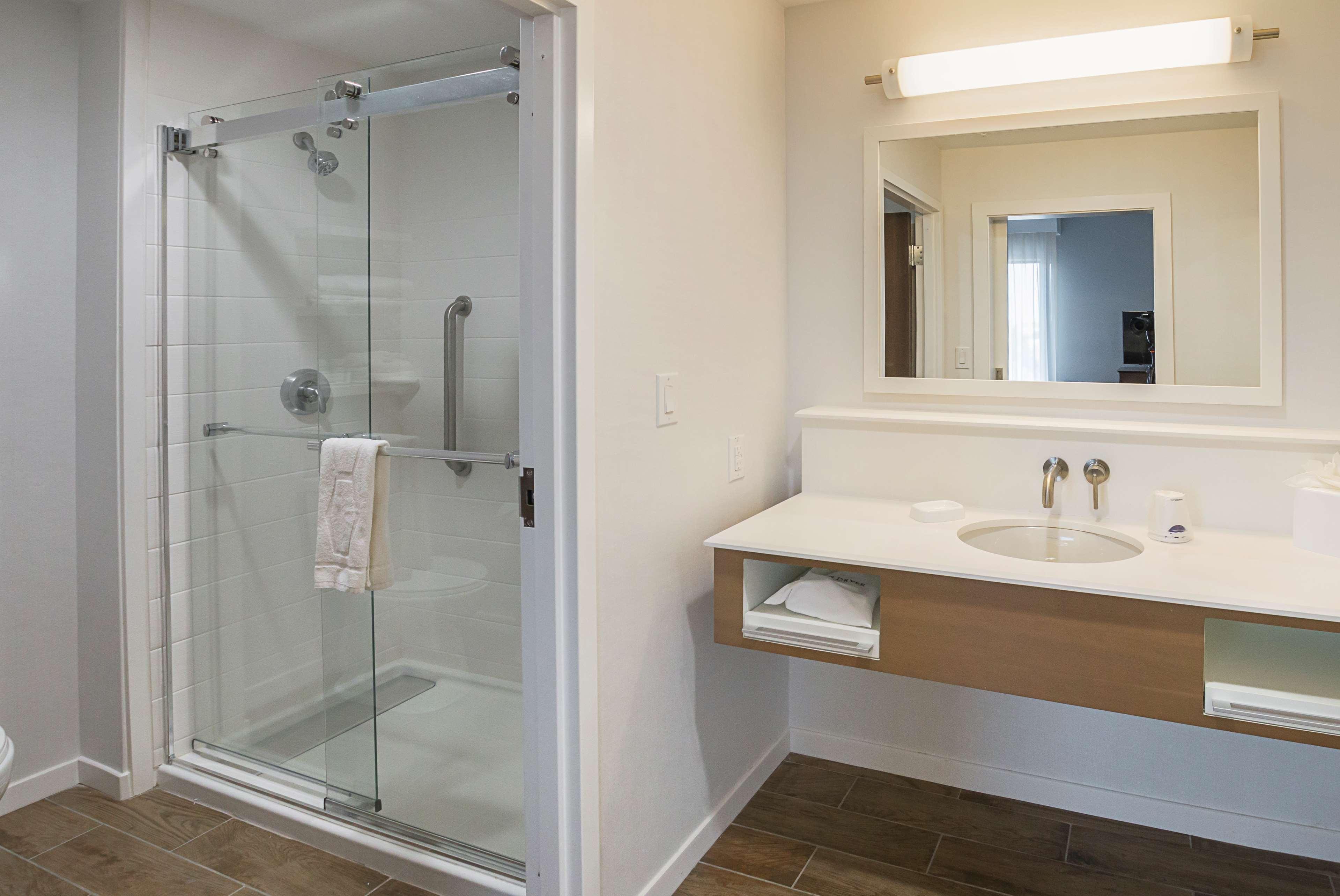 Hampton Inn & Suites Colleyville DFW West image 45