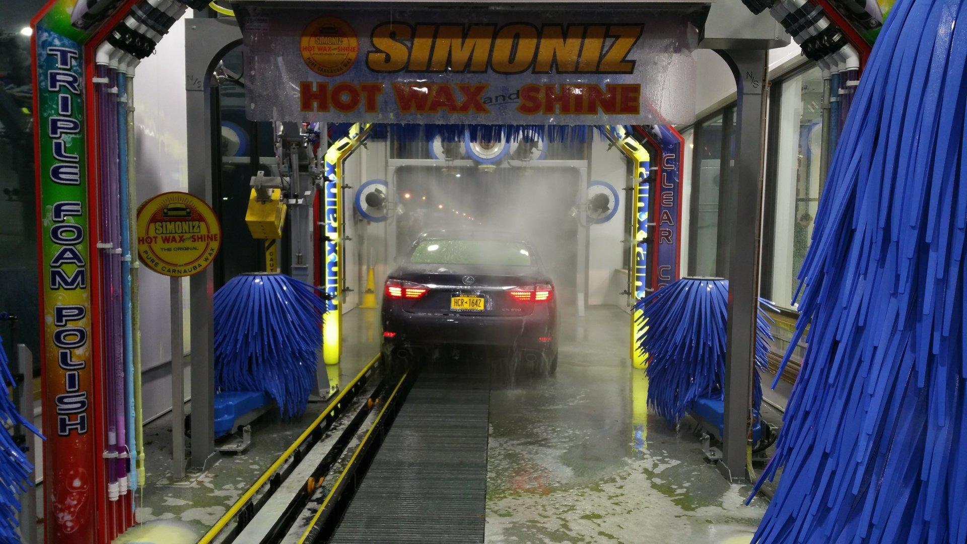 Pooran Car Wash image 2
