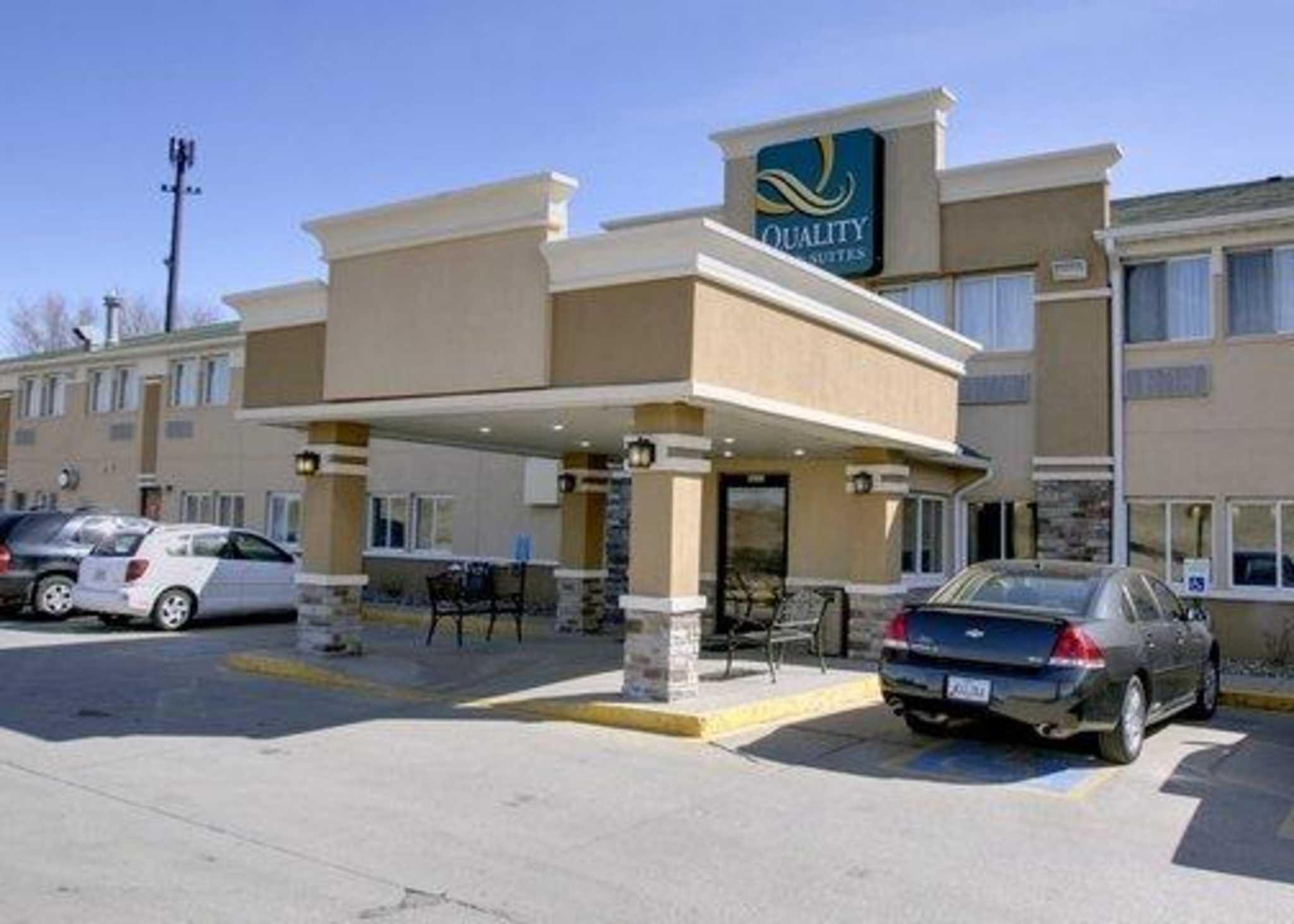 Quality Inn & Suites Des Moines Airport image 0