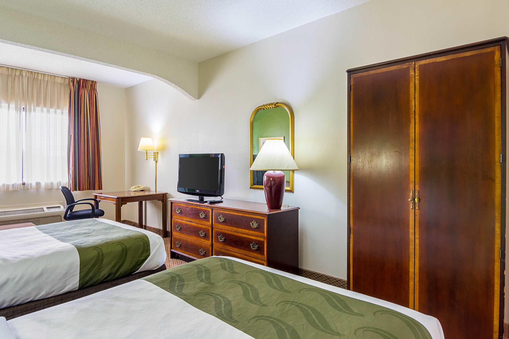 Quality Inn & Suites Kearneysville - Martinsburg image 8