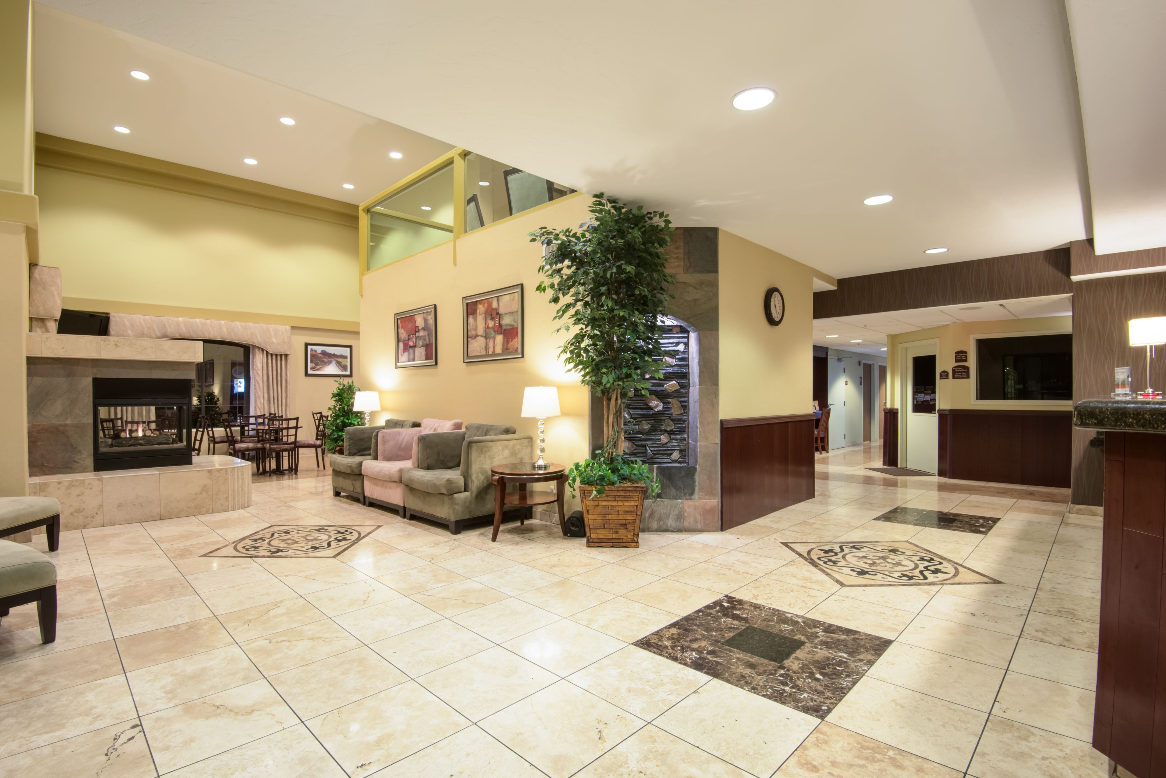 Holiday Inn Express Prescott image 4