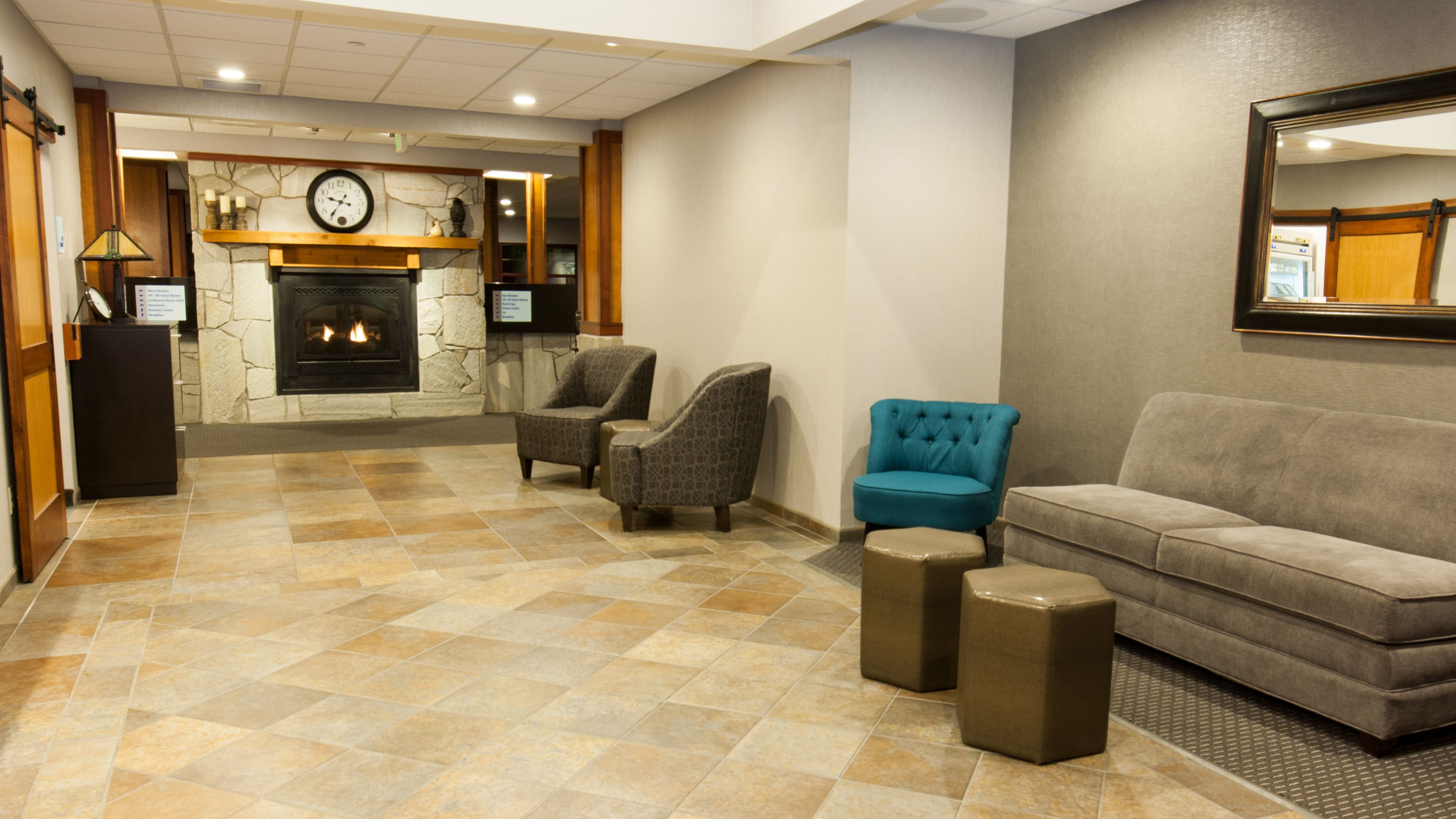 Holiday Inn Express & Suites Cheney image 4