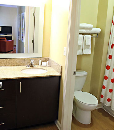 TownePlace Suites by Marriott Huntington image 4