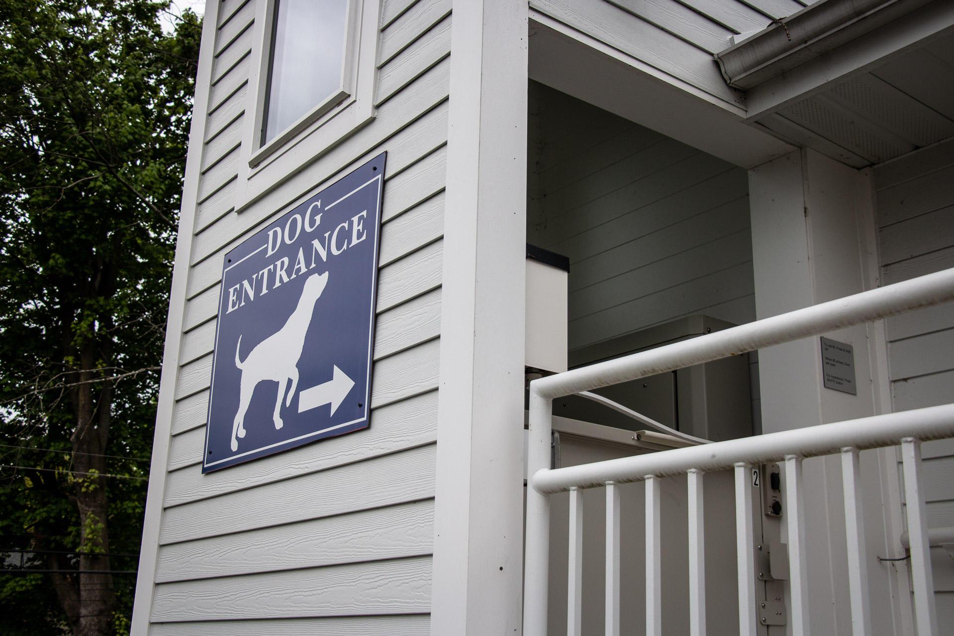 Family Pet Clinic 2 image 3