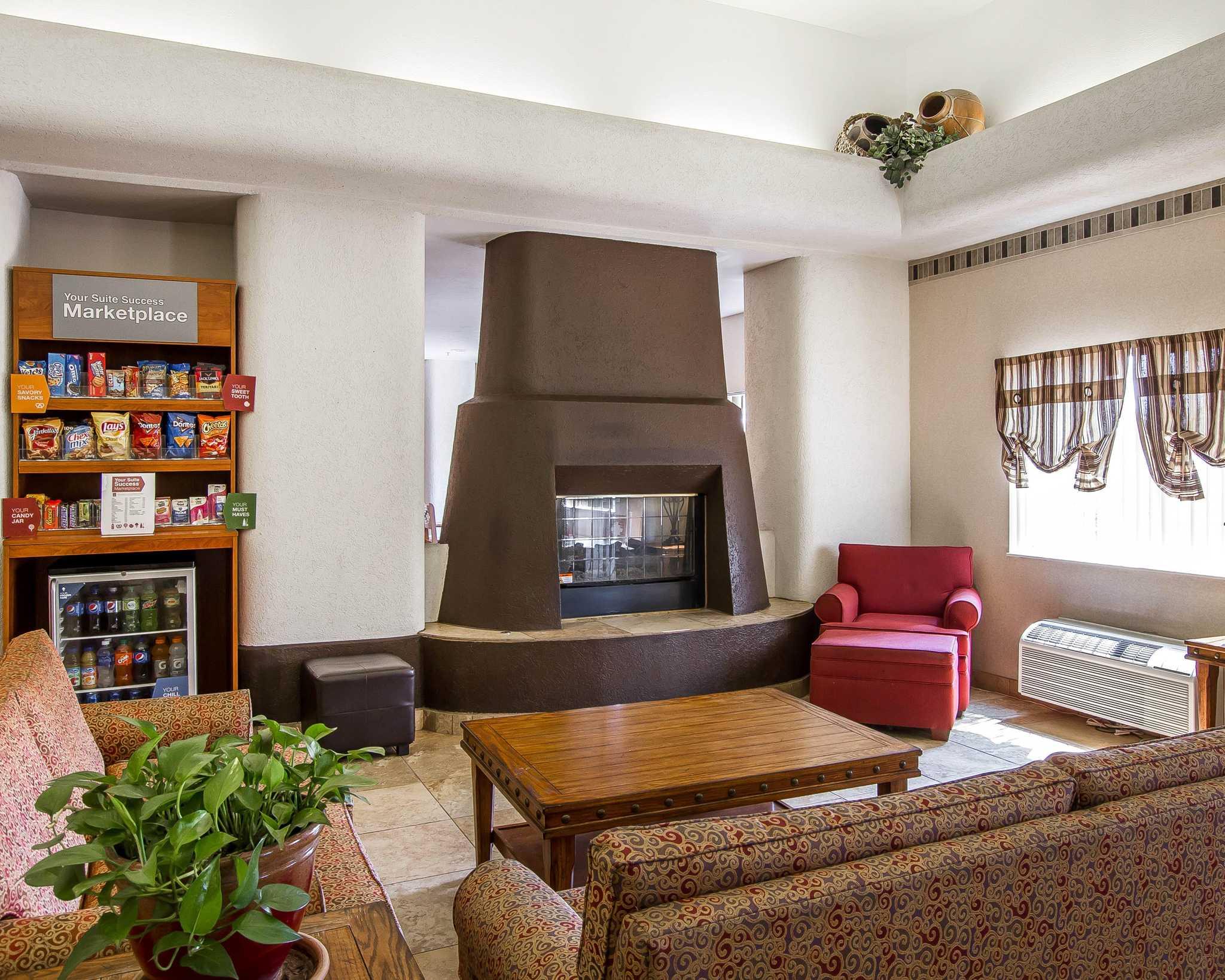 Comfort Suites Peoria Sports Complex image 9