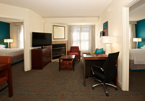Residence Inn by Marriott Phoenix Airport image 18