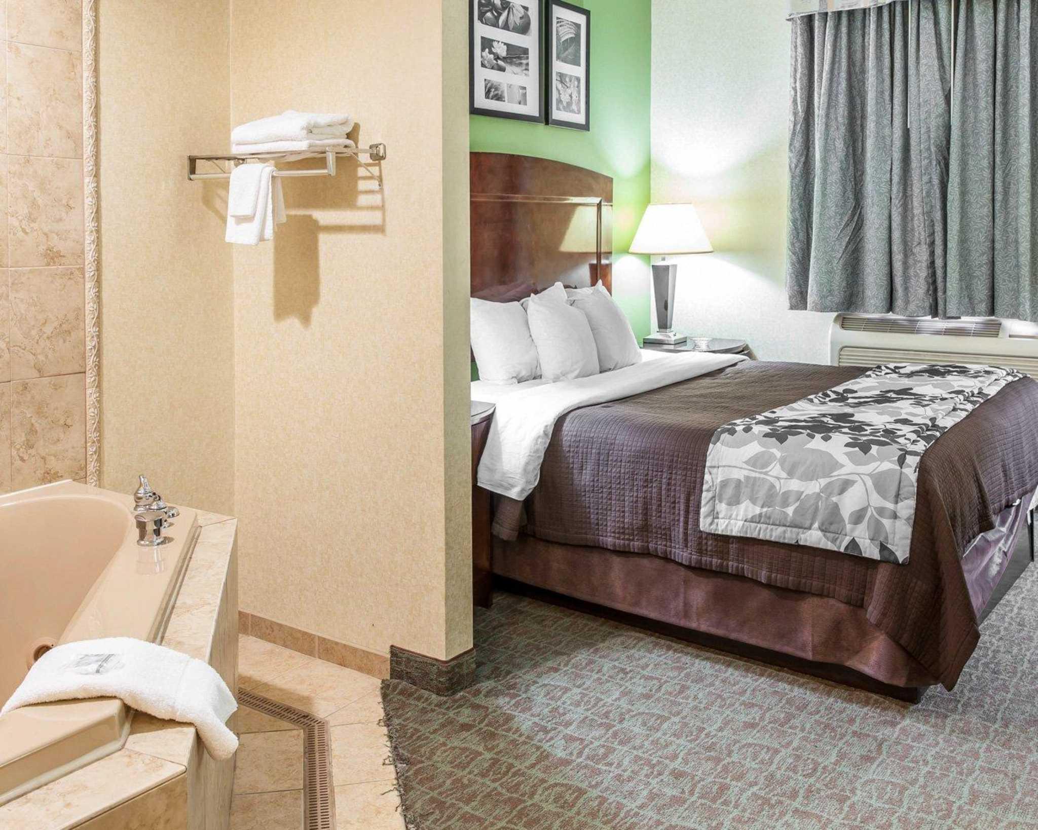 Sleep Inn & Suites Upper Marlboro near Andrews AFB image 5
