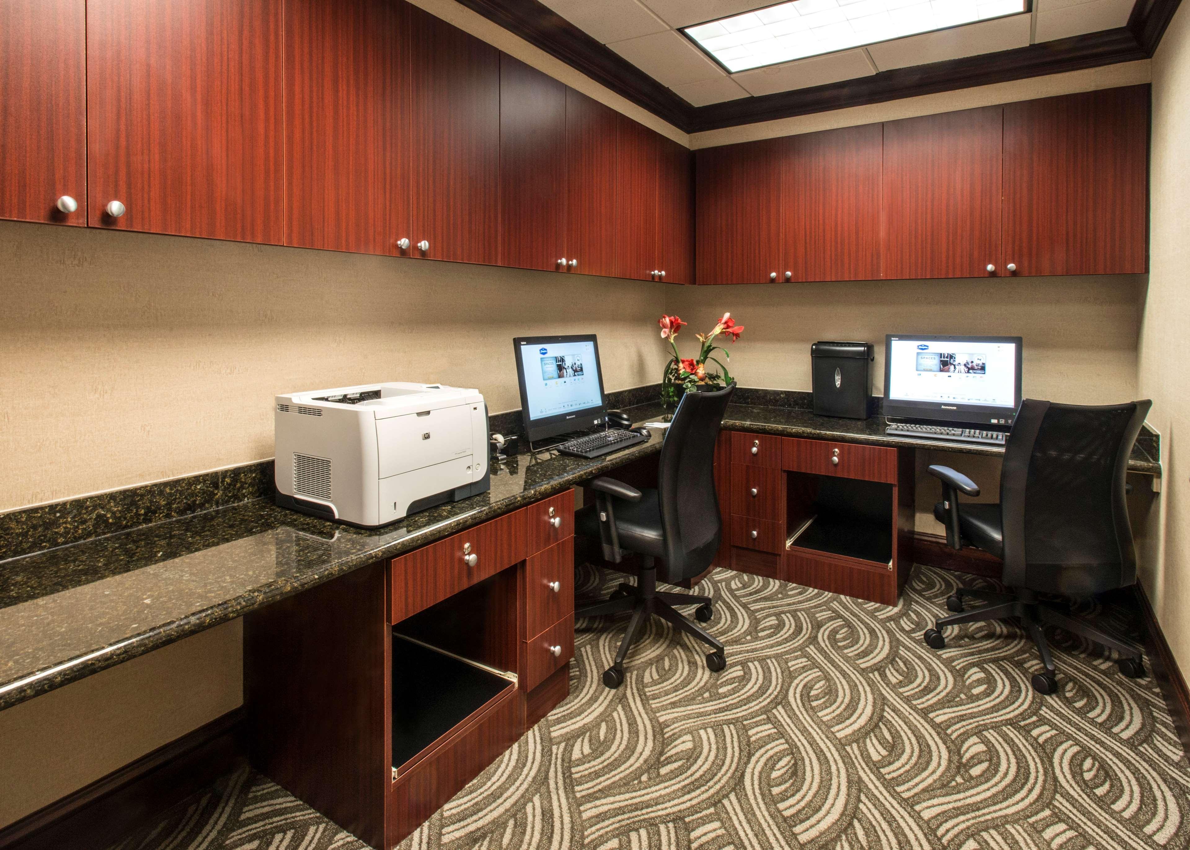 Hampton Inn & Suites Jackson image 39