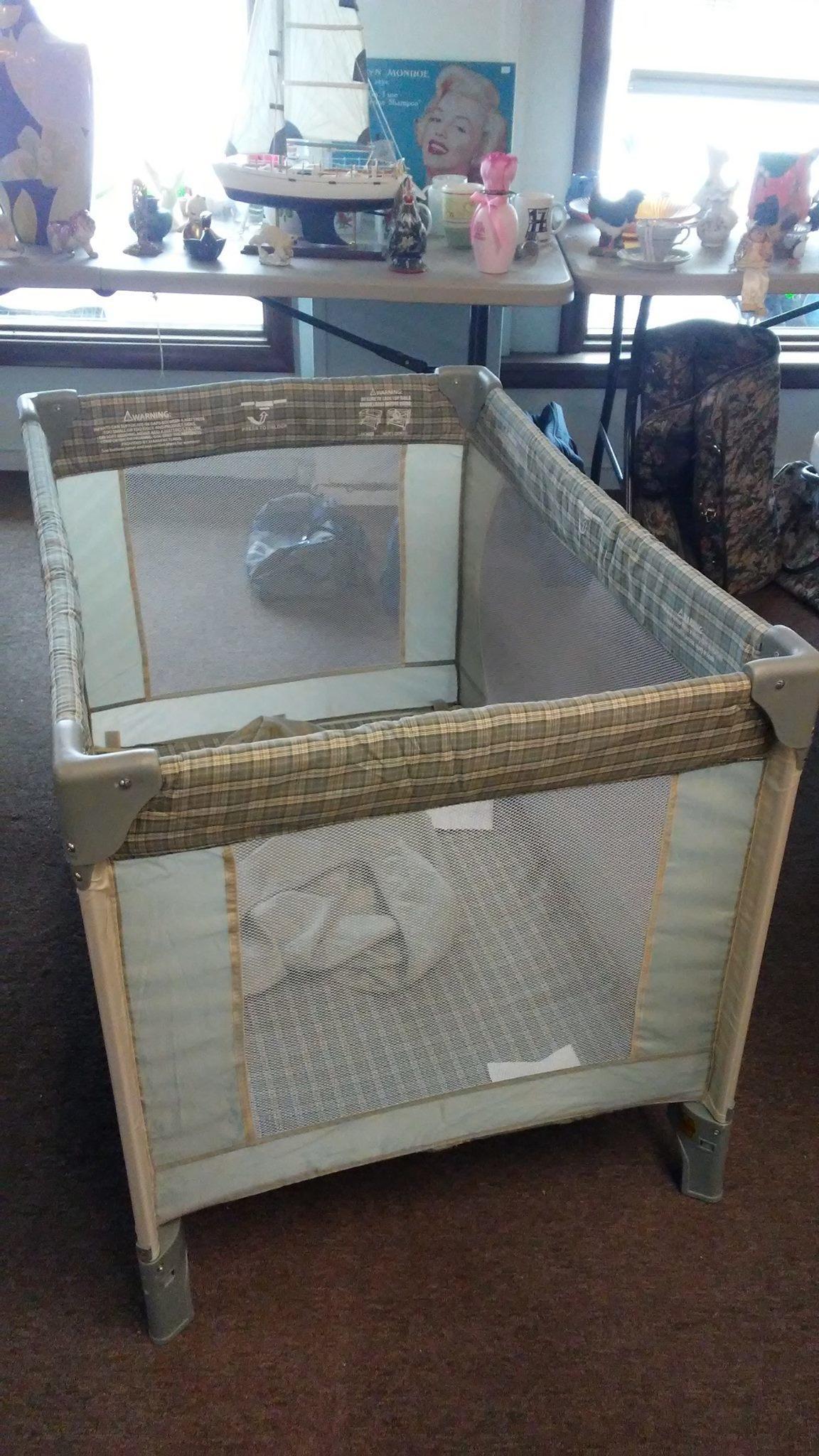 D & B Furniture - Payette Flea Market image 1