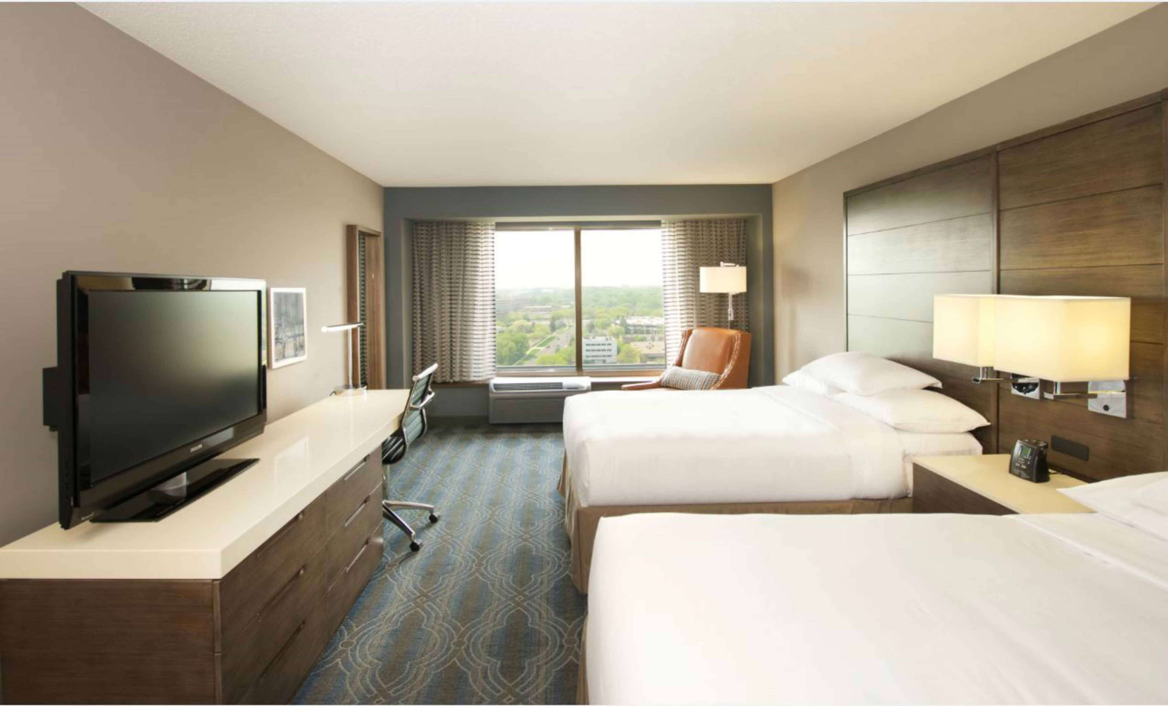 DoubleTree by Hilton Hotel Bloomington - Minneapolis South image 14