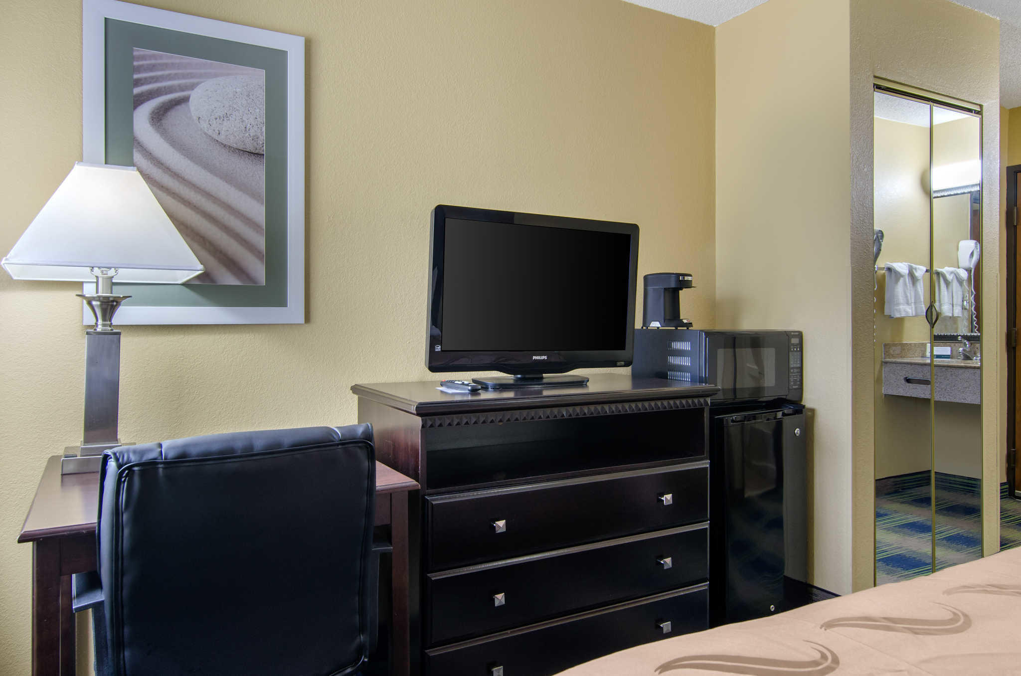Quality Inn image 11