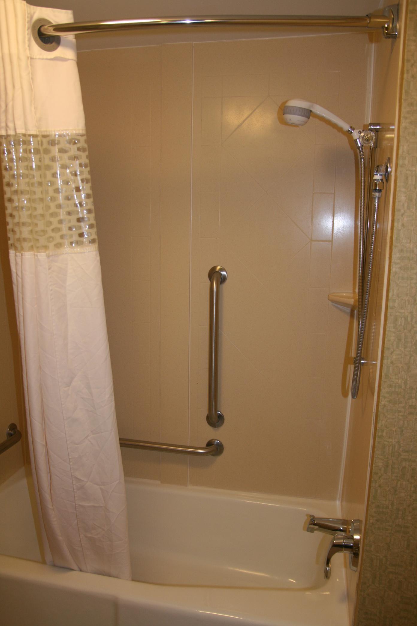 Queen ADA Bathroom