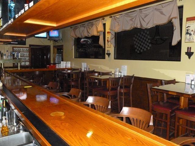 Restaurants Italian Near Me: Checkerboards Pizza Restaurant & Bar Coupons Near Me In