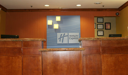 Holiday Inn Express & Suites Chattanooga-Lookout Mtn image 2