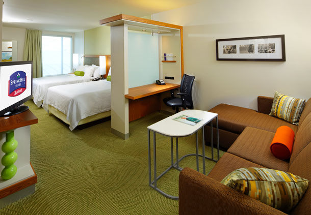SpringHill Suites by Marriott Pittsburgh Latrobe image 8