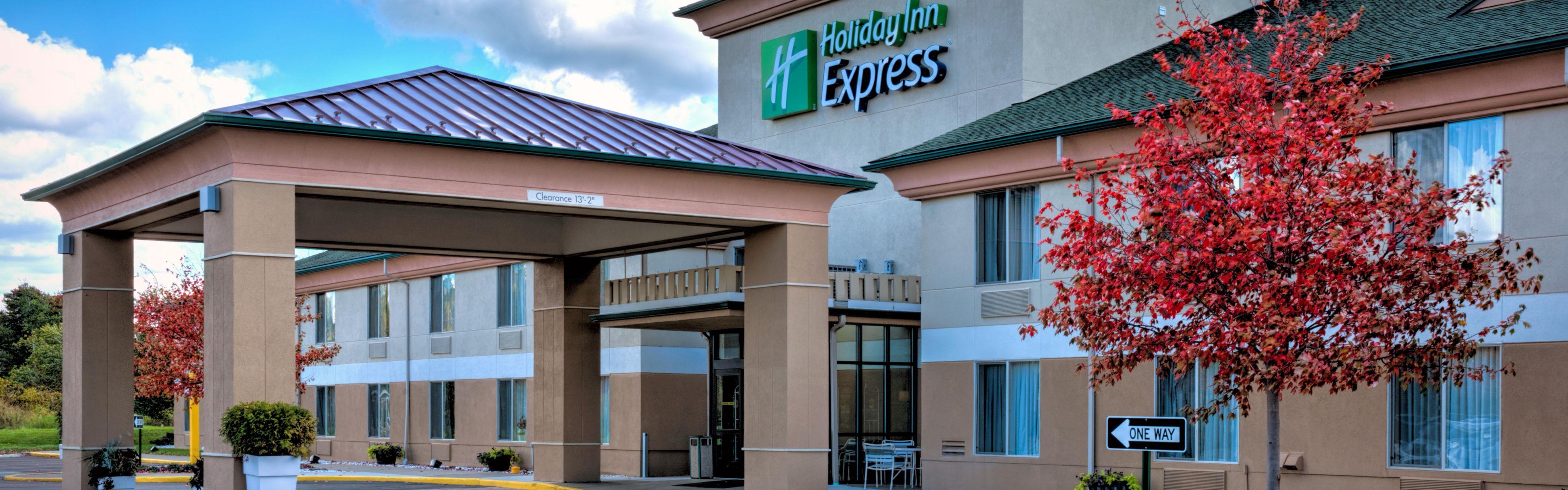 Holiday Inn Express & Suites Salamanca image 0