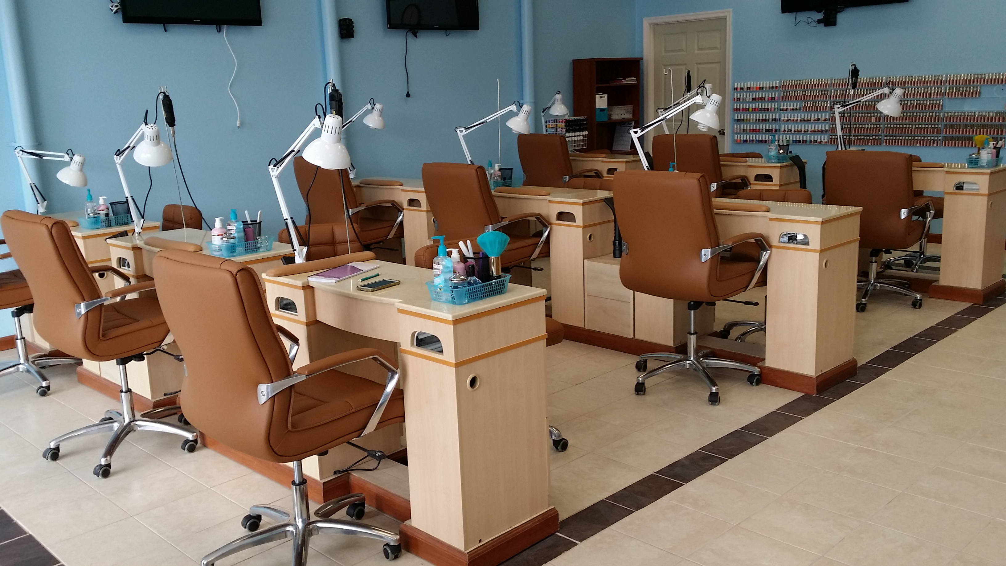 Sally nails pedicure in camp hill pa 717 963 7 for Manicure table with exhaust fan