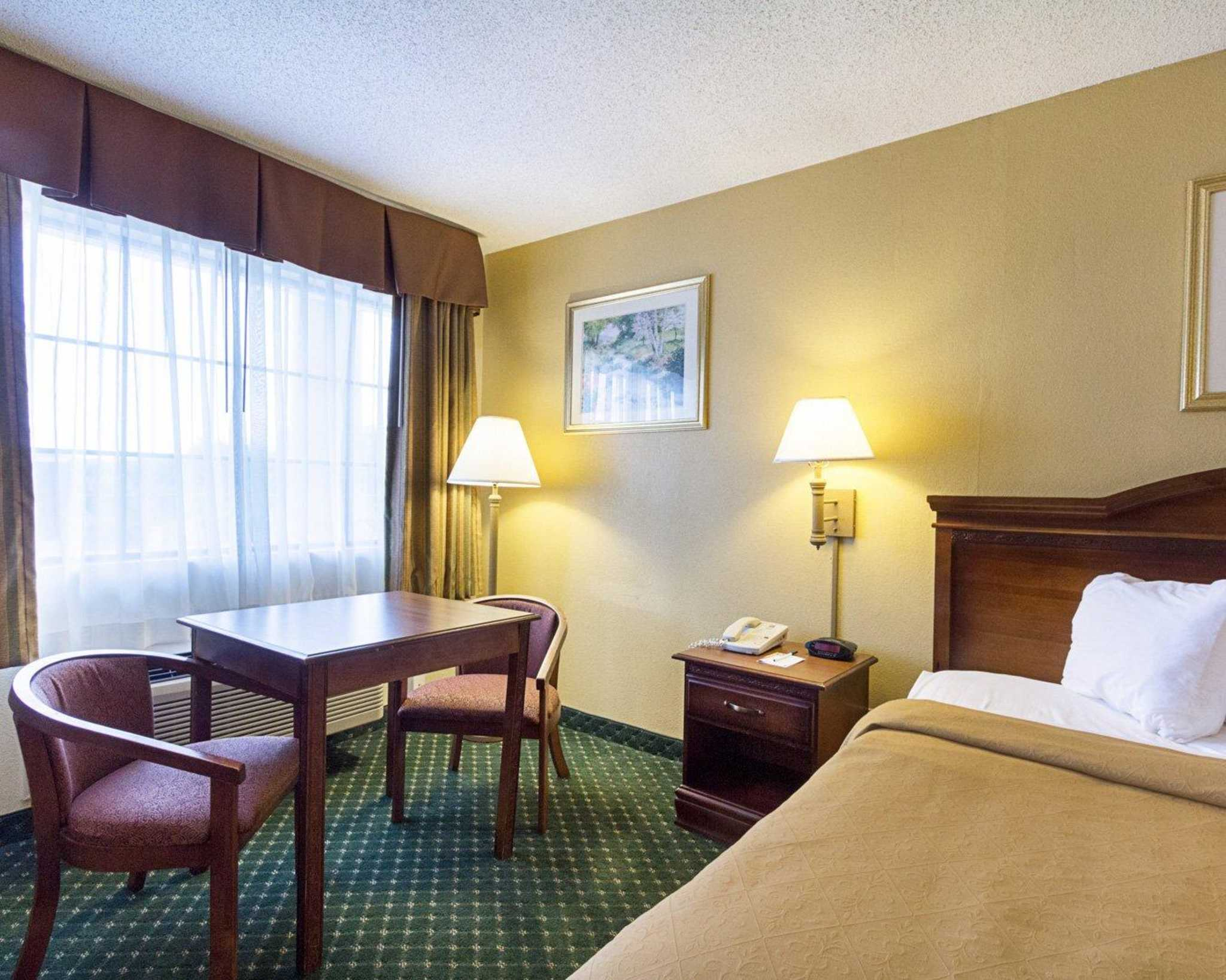 Quality Inn & Suites Southwest image 15
