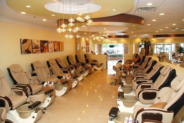 I nail salon spa in atlanta ga 30338 citysearch for Nail salon oxford