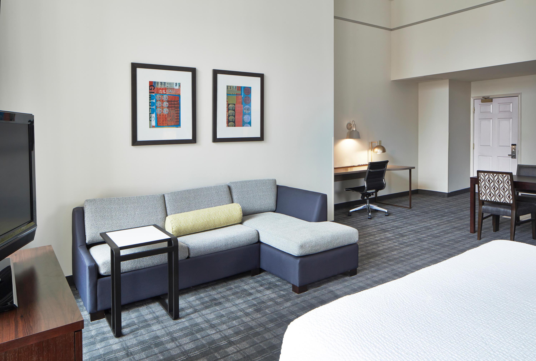 Residence Inn by Marriott Milwaukee Downtown image 17